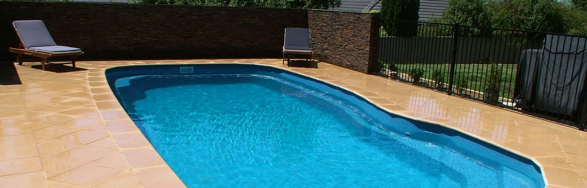 The Pool Medic Swimming Pool Cleaners Maintenance Service In Melbourne